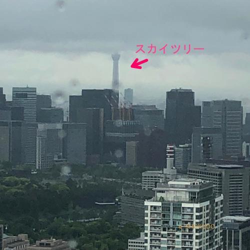 ザ・リッツカールトン東京 窓からスカイツリー