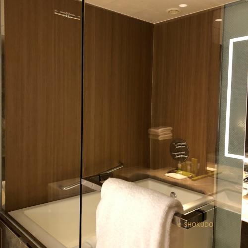 ヒルトン名古屋 バスルーム