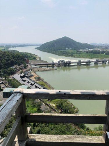 犬山城 天守閣から木曽川2