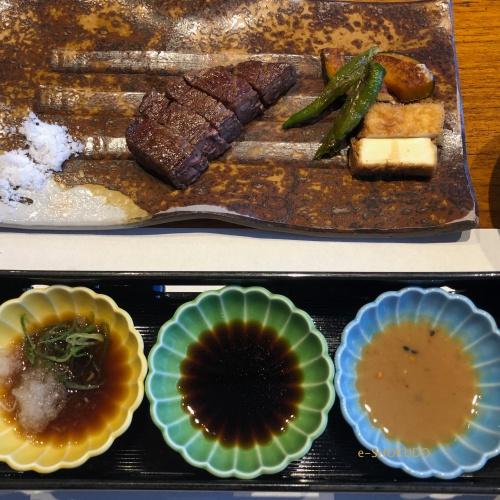 五山望 ステーキとソース3種