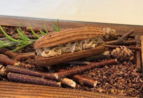 サンセリテ 前菜 コーヒーエクレアのポークリヨット