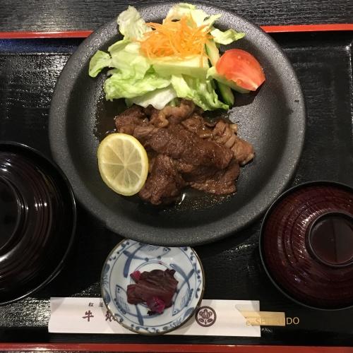 洋食屋牛銀焼肉定食1